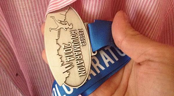 Zagreb polumaraton medalja 2014.