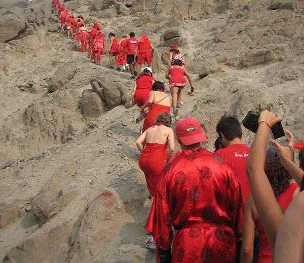 Godišnja utrka Crvenih haljina - fotografija iz Lime